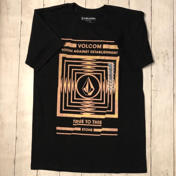 Volcom Other - Volcom Graphic printed T-shirt in various colors